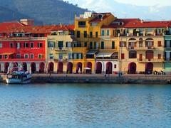 Oneglia (apricot_02) Tags: italien houses italy colorful riviera italia kodak liguria barche case porto italie easyshare imperia savona pescatori ponente oneglia colourartaward m853
