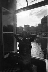 2006 - The Silent Man (Francesco Napoli) Tags: amsterdam bn napoli francesco controluce coffeshop gianluca pellicola thesilentman francesconapoli dreamteather