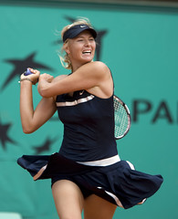 Maria Sharapova the best Backhand of the World ($Ricardox$) Tags: maria roland earrings tiffany 2008 sharapova garros