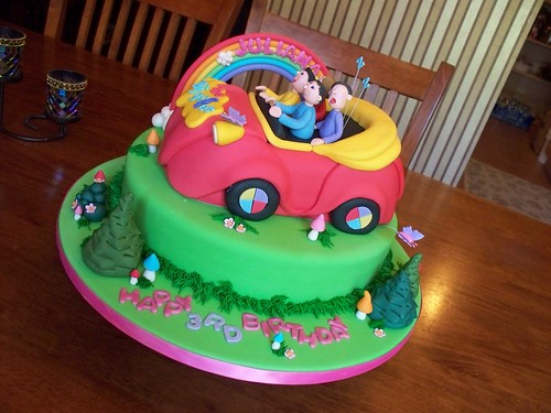 Enjoyable The Wiggles And The Big Red Car Cake A Photo On Flickriver Birthday Cards Printable Opercafe Filternl