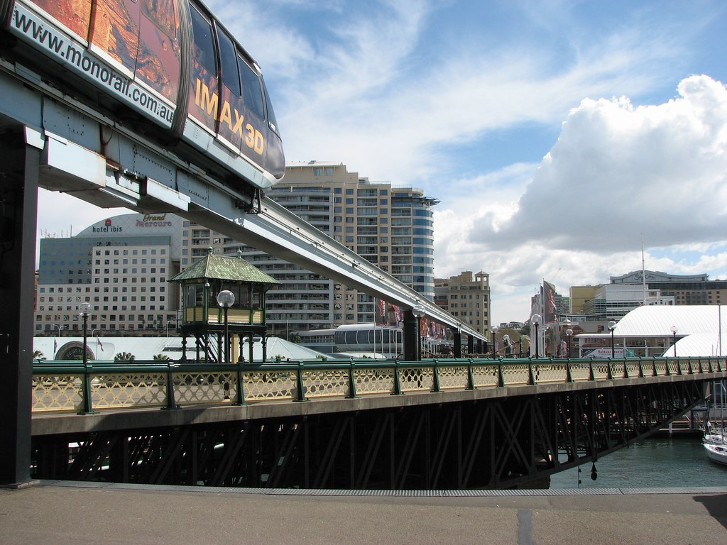 [趣闻] 情人港 乘单轨的火车看旋转的桥(15P) - 路人@行者 - 路人@行者