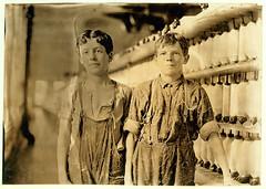 Lewis Hine: Leopold Daigneau & Arsene Lussier, back-roping boys, Burlington, Vermont, 1909