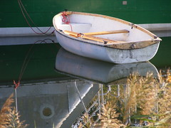 #1 boat without a motor (DurhamDundee) Tags: hungary sh1 sifok scavengerhunt101 boatwithoutamotor