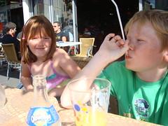 Ffrainc 2008 (blogdroed) Tags: family holiday france cafe orangina teulu gwyliau ffrainc caffi