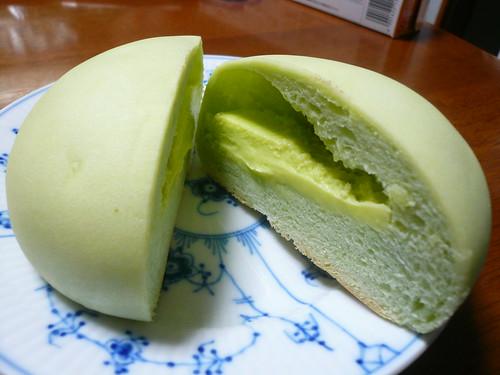 Melon Pan with Melon Cream