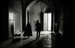 Esfahan, Iran (quixotic54) Tags: leica bw film 35mm blackwhite iran kodak tx middleeast hijab rangefinder persia mosque d76 mount summicron 400 kodaktrix 35 coolscan esfahan m6 asph allah leicam6 f20 kodaktrix400 chador lotf nikoncoolscanved summicronm mmount lotfallahmosque autaut leicasummicron35mmf20asph