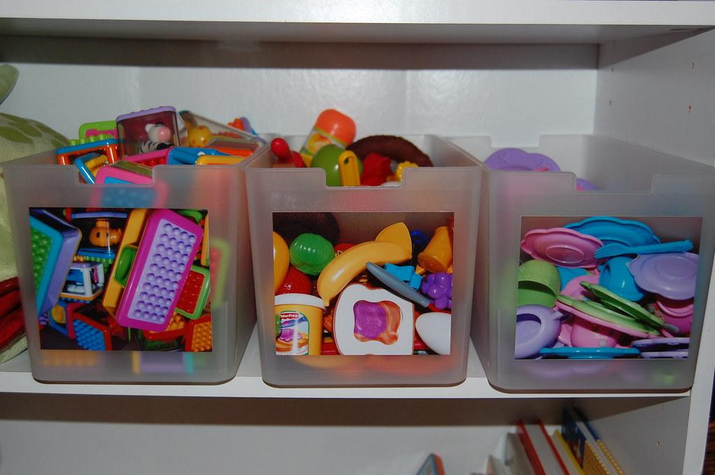 Organizing Toys- Using Photos