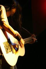 Rocker pose (Davidrummer) Tags: music canon eos 350d cafe riverside band taiwan rocker taipei   deserts ef70200mmf4l livehouse   iso80 digitalshot iso8001600