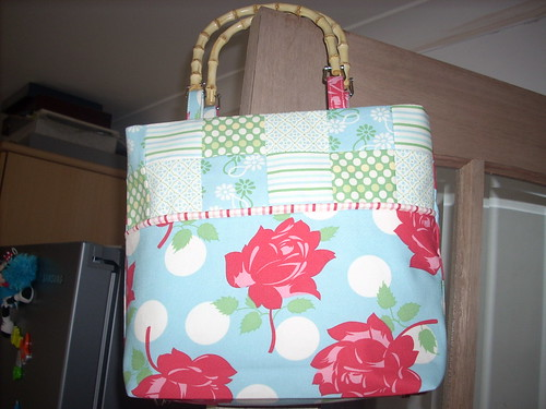 moda swell blue basket bag with piping by uconnelly.