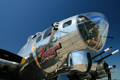 Warbird picture - B-17 Sentimental Journey