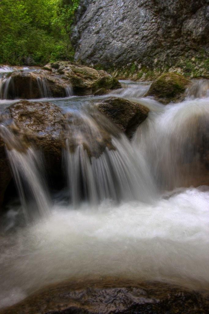 Cascada en el Parque Natural de Valderejo