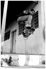 Gabriel - Explore (Renato Tavares) Tags: boy brazil blackandwhite minasgerais brasil photographer photos ollie fotos skate skateboard salto pretoebranco sk8 renato fotografo fotografias tavares fotografoprofissional renatotavares fotografobrasileiro fotografomineiro