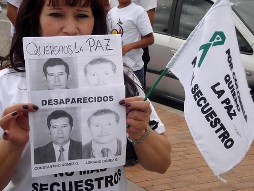 marcha-avvillavicencio-constantinogomez-adrianogomez-desaparecidos