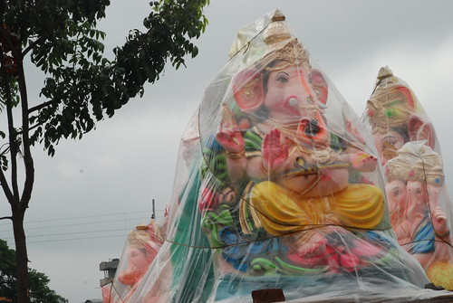 Even it rains for Ganesha