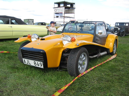 lotus    spotting guide  car junkie
