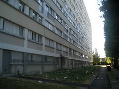 blanqui : bondy (NiCoLaS OrAn) Tags: paris france building tower public project de french high europe estate cité ile social nicolas council housing blocks suburb block commie rise habitat hlm oran hochhaus quartier banlieue blanqui bondy commieblock commieblocks