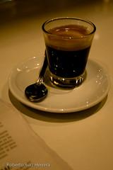 good mornig (Berts @idar) Tags: bar zaragoza caf efs1855mmf3556 matutino espaa canoneos400ddigital peridico ojosajenos ojosajenoscom