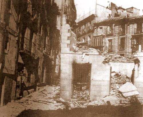 Plaza de la Magdalena, Toledo, en la Guerra civil (1936).