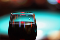 Vinglas med rödvin