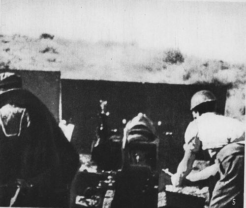 Artillería republicana disparando desde las afueras de Toledo contra el Alcázar en verano de 1936
