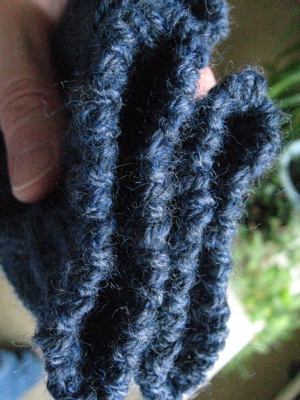 Serpentine Mitts tubular bind off