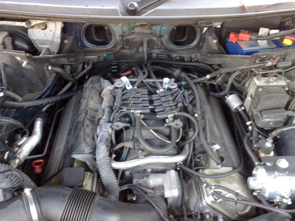 land rover 4 6 engine diagram 1999 ford 4 6 engine diagram maf pcv hose replacement - photos