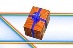 Il Dono (Piero Gentili) Tags: festa natale rosso compleanno regalo pacco pasqua fiocco dono gentili fioccorosso piero20051 pierogentili gentilipiero pierpaologentili