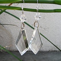 crystal+chandelier+earrings+DIY-2