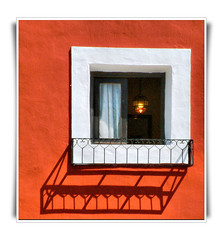 Light and Shade Vila joiosa (Ron in Blackpool) Tags: windows window ventana spain ron alicante ventanas region oldtown curtis costablanca villajoyosa cascoantiguo comarca alcant alicant cascantic marinabaja marinabaixa vilajoiosa lavillajoyosa roninblackpool roncurtis