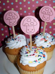 100_3997 (amylcluck) Tags: wedding party cake flags cupcake favor toppers picks topper