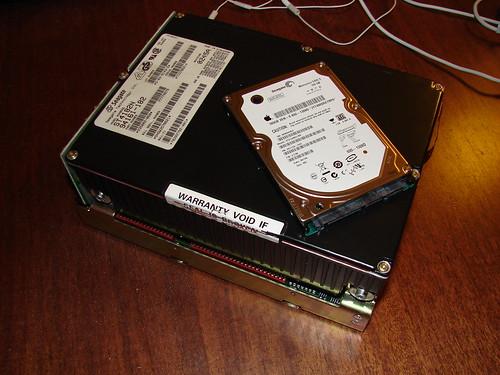 2 generationer af Seagate harddiske