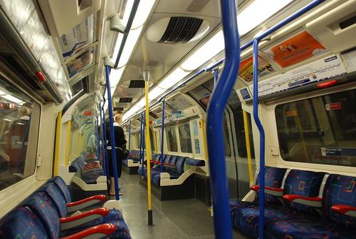 ロンドン地下鉄ピカデリー線
