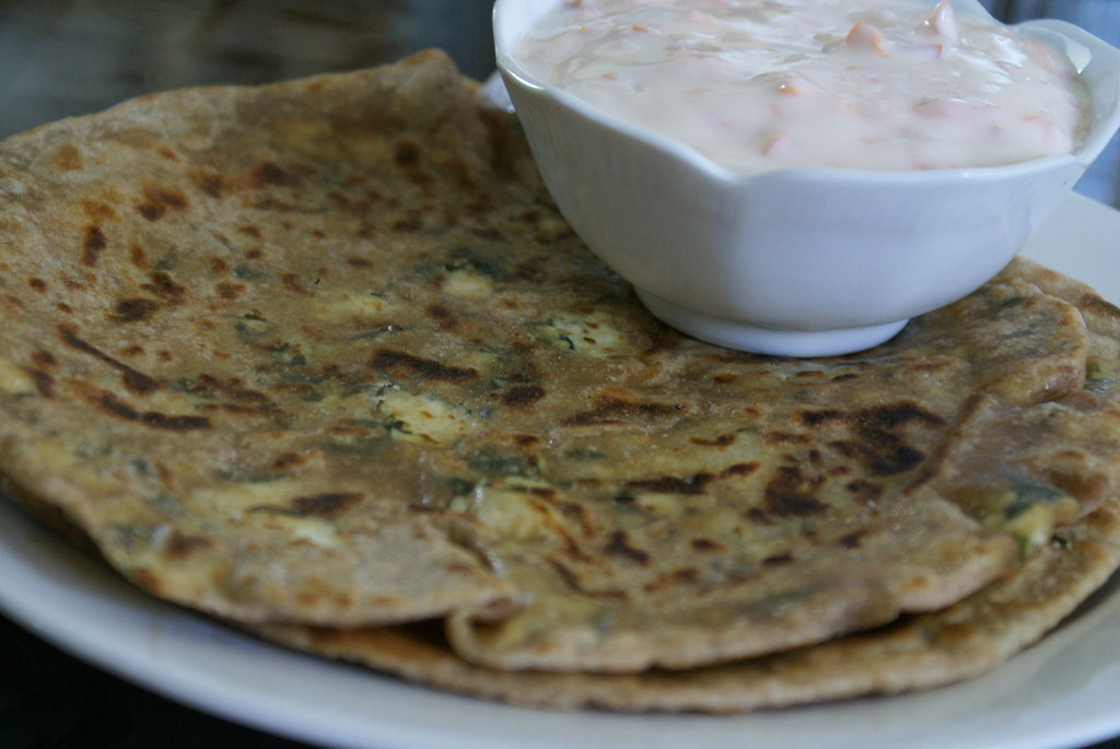 MethiPaneerParatha2