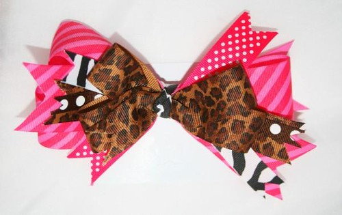 LAALAA GIRLS CUSTOM BOWTIQUE
