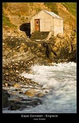 Cape Cornwall (Joop Snijder) Tags: sky house seascape building landscape coast rocks cornwall vibrant tide hill wave pebbles cape atlanticocean capecornwall colorimage aplusphoto photoartbloggroup