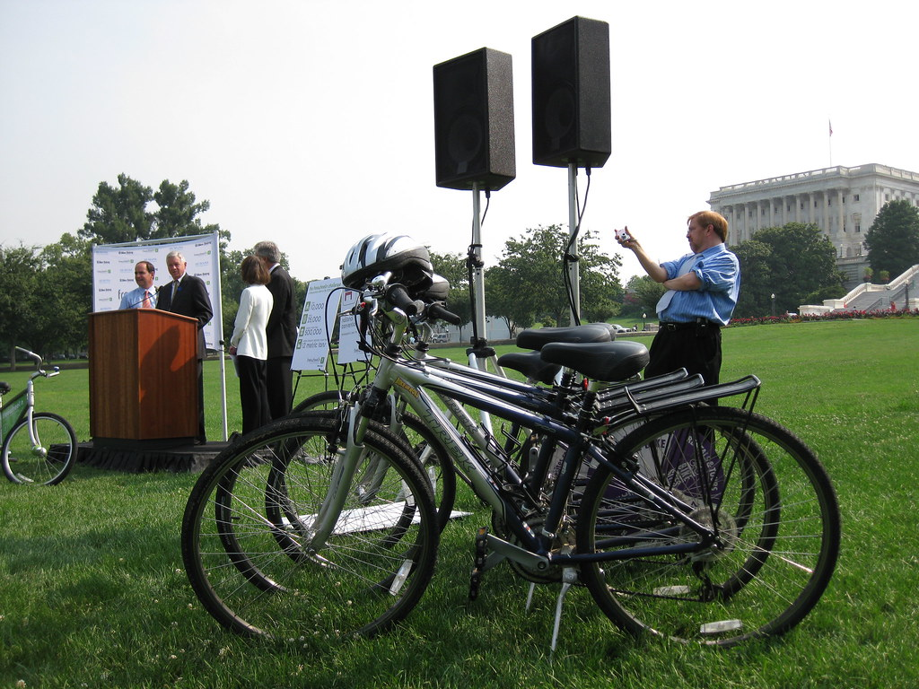 'Bike-Partisan' Conference