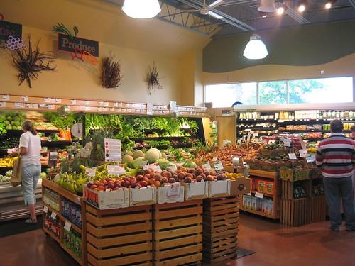 Organic food store lahaina