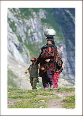 Walk for the water (KamiSyed.) Tags: wedding pakistan man men kids women culture arab desi pakistani punjab cultural punjabi islamabad weddingphotographer rawalpindi urdu taxila weddingphotography woaman studio9 weddingphotographs weddingpix kamisyed kamransafdar chinak we1 ppores