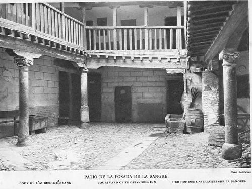 Patio de la Posada de la Sangre a principios del Siglo XX. Foto Rodríguez