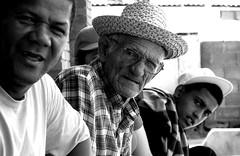 (MeLHidalgo) Tags: bw men byn blancoynegro venezuela oldman anciano araya sucre hombres