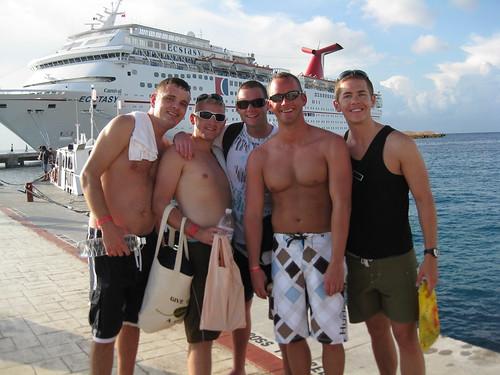 Garrett, Mike, Dave, Travis and Zack preparing to reboard the ship