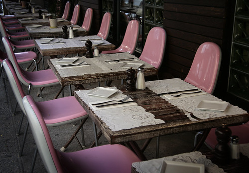 Pink restaurant chairs, via Flickr: alanakdavis