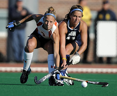 Uconn Syracuse Big East Field Hockey_0062 (newspaper_guy Mike Orazzi) Tags: sports action ct syracuse uconn storrs fieldhockey conn d300 collegesports bigeast womenssports collegeathletics syracusefieldhockey uconnfieldhockey bigeastfieldhockeychampionship aliblankmeyer kimcoyle