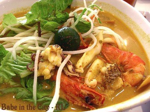 SK - Seafood Siamese Laksa