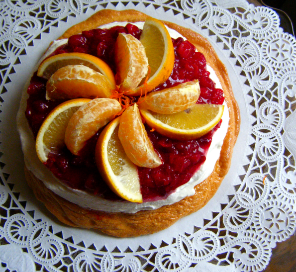 Golden Cranberry Pavlova