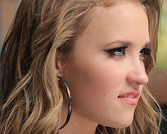 emily-osment-all-the-way-up (Teen With style) Tags: emily osment