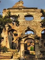 The Remains of a Castle (SR-Anna) Tags: castle spring hungary ruin april rom tavasz magyarország április kastély póstelek