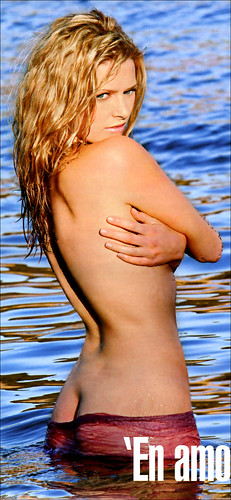 Louise bourgoin se baigne nue - 2 3