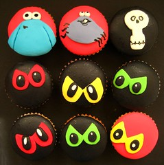 THE TRAP DOOR CUPCAKES! (hello naomi) Tags: cupcakes cartoon 80s dangermouse smurfs astroboy gumby rogerramjet thetrapdoor