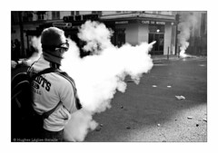 (Pat)RIOTS (Hughes Lglise-Bataille) Tags: blackandwhite bw paris france topf25 fishing fishermen noiretblanc smoke protest demonstration flare 2008 peche fuel manif manifestation marins barnier fuse fumigne pecheurs ministere gasoil